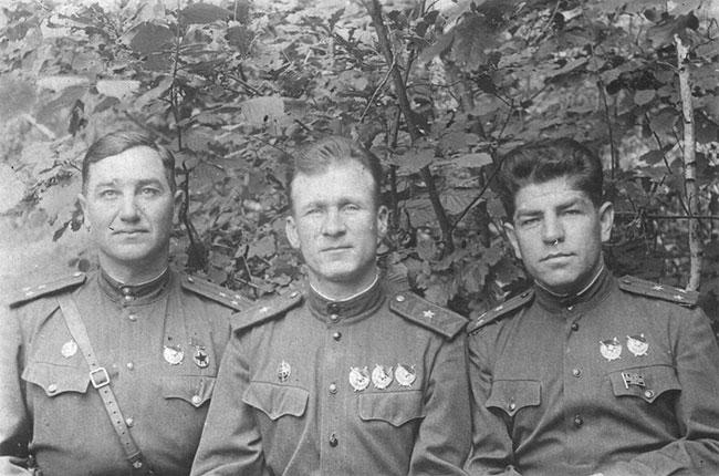 каждого зам начальника дальневосточного пограничного округа 1945 города Волгограда Волжского